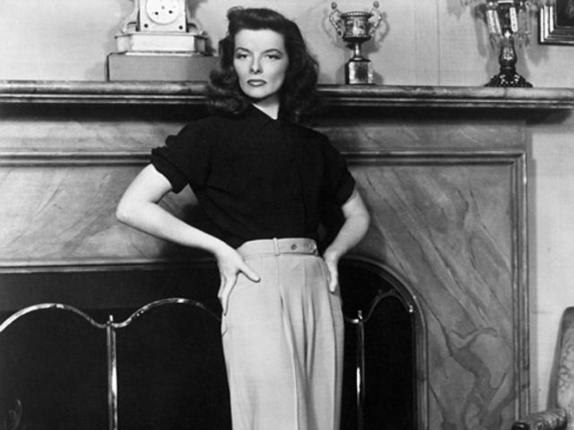 Katharine Hepburn plays Tracy Lord in The Philadelphia Story!