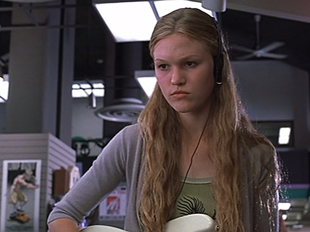 Who does Julie Stiles play in 10 Things I Hate About You?