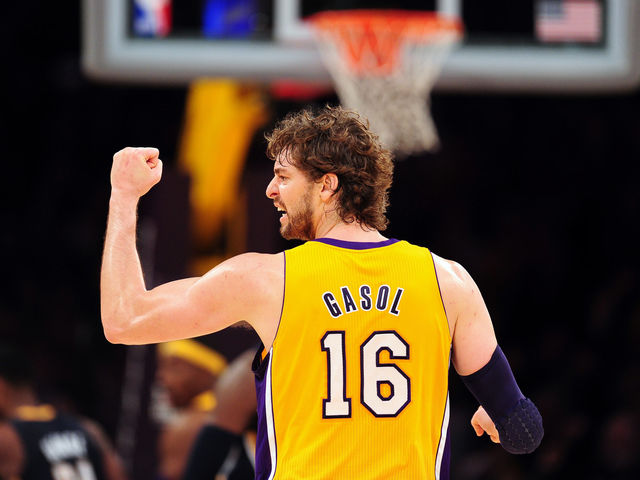 Pau Gasol got traded to the Lakers in 2008, who traded him?