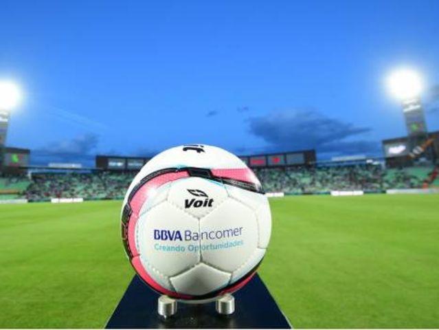 ¿En qué año se inició profesionalmente el futbol en México?