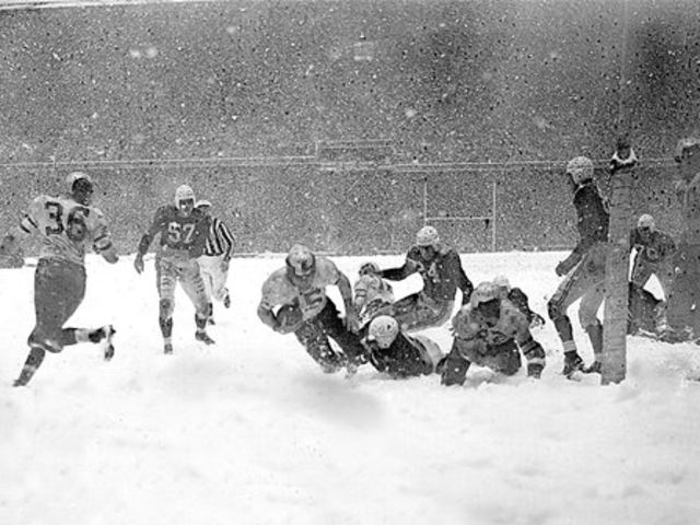 The Eagles won the 1948 NFL Championship. Who scored the only touchdown in the game?