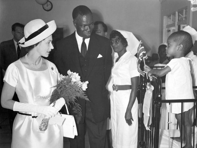 On a state visit to the Gambia in 1961, what gift was The Queen given?