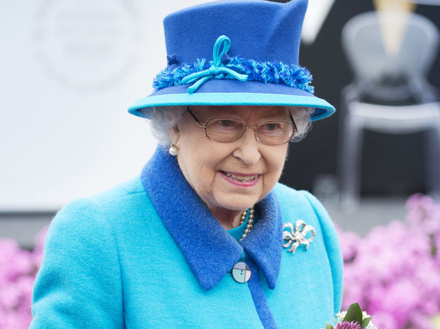 At 17.30 on September 9 2015, Queen Elizabeth II became the longest serving monarch. How long was her reign at that point?