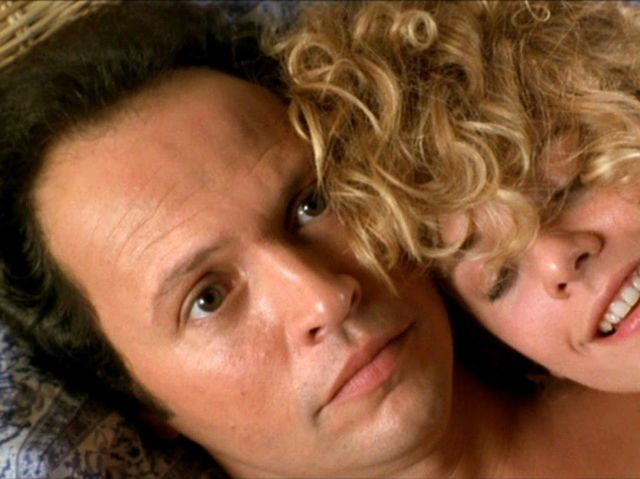 Harry and Sally find themselves attracted to each other...