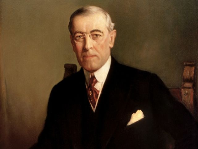It's U.S. President Woodrow Wilson! He wrote the Fourteen Points for avoiding conflict and war.
