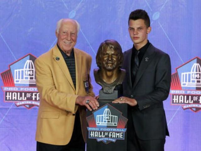 Ken Stabler was inducted to the Hall in 2016.