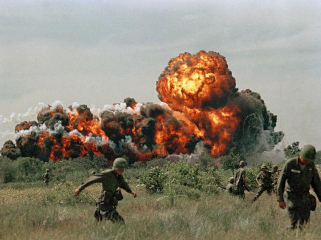 Demokracie v troskách. Kam USA exportovaly válku? 6 míst, které na návštěvu nezapomenou