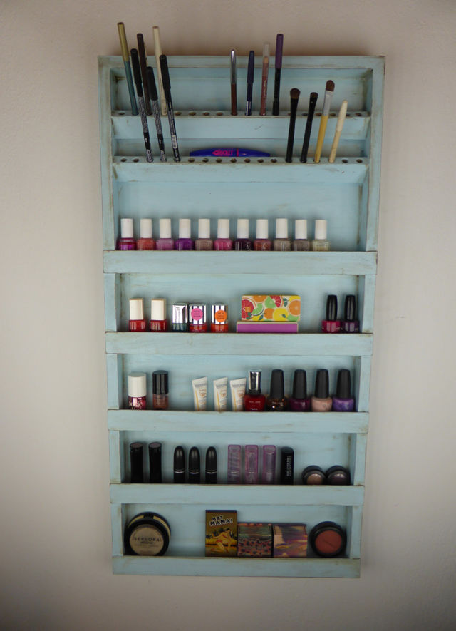 15 Nifty Makeup Storage Hacks You Need In Your Life   Playbuzz