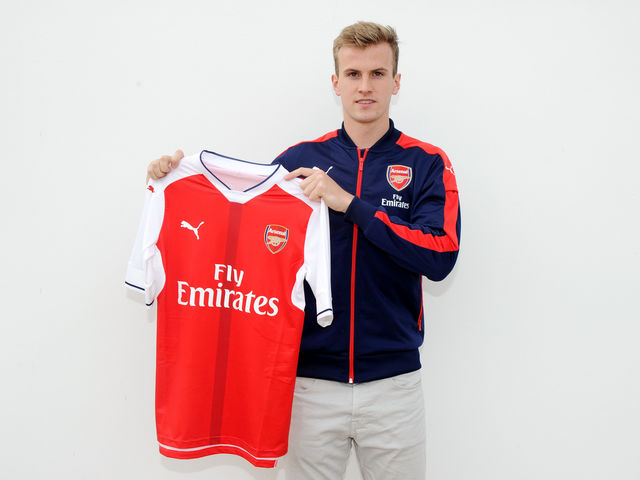 Which club did Rob join Arsenal from?