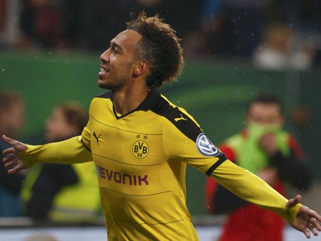 Pierre Emerick Aubameyang (Dortmund): 22 goles - 44 puntos
