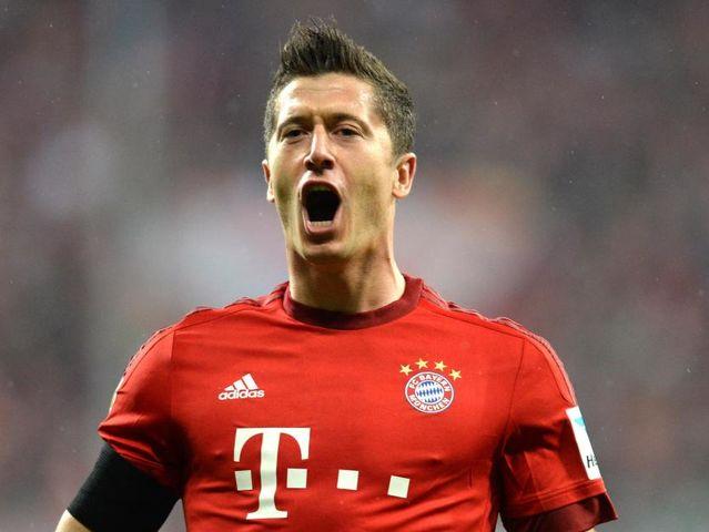 Robert Lewandowski (Bayern): 24 goles / 48 puntos