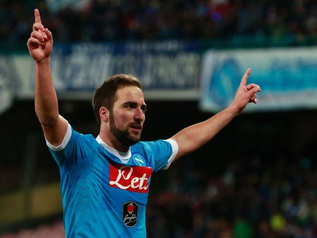 Higuaín (Nápoles): 27 goles - 54 puntos