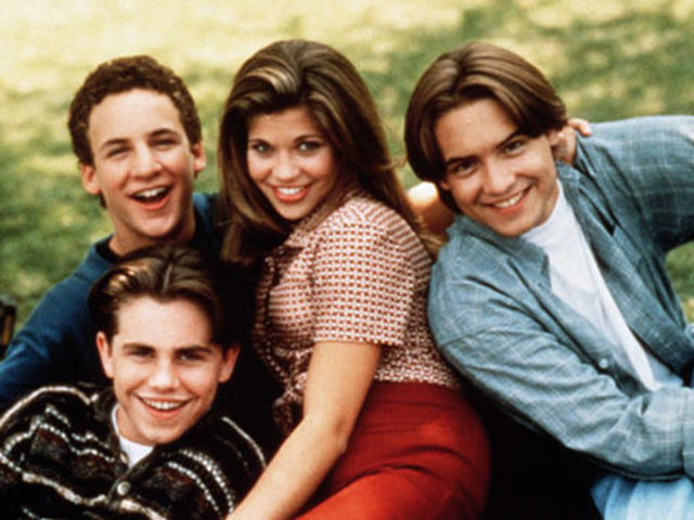 boy meets world cory and topanga start dating Boy meets world is an american cory, topanga, and shawn start high for one another and begin dating cory and topanga face a major blip in.
