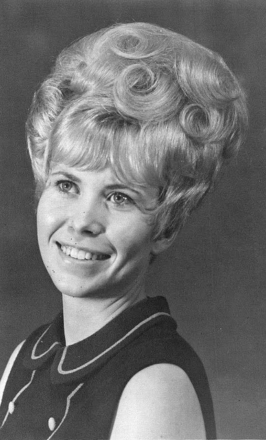 Awe Inspiring 60S Bouffant Hairstyle 60S Get Free Printable Hairstyle Pictures Hairstyle Inspiration Daily Dogsangcom