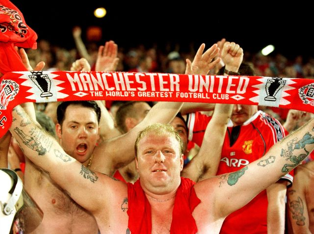 Are you manchester united 39 s ultimate fan playbuzz for Manchester united shirt sponsor