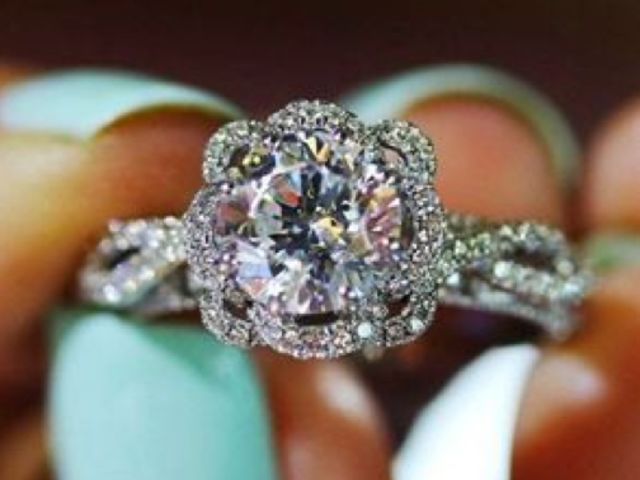 QUIZ Which Engagement Ring Is Right For You