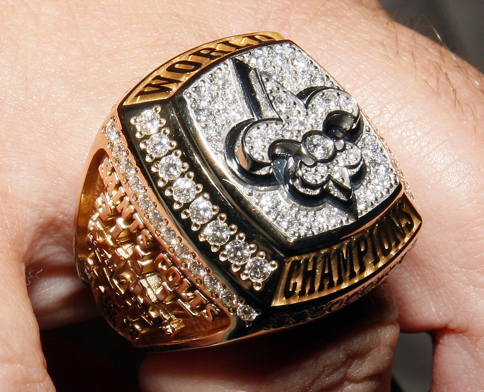 saints again com press with al ceremony bowl cel rings title register ring champion super sports celebrate