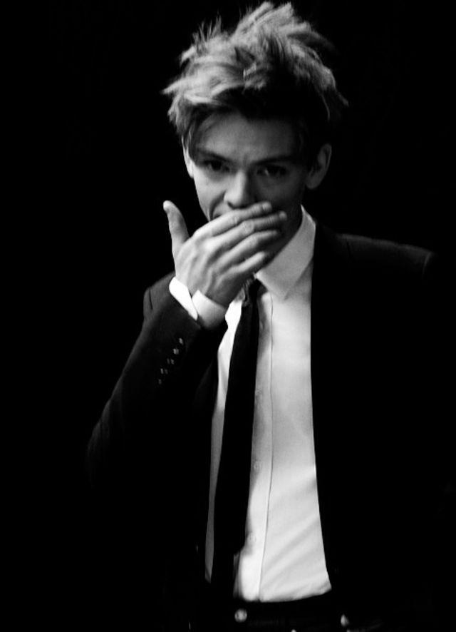 Thomas brodie-sangster sexy