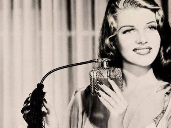 Which Perfume Should You Wear According To Your Personality