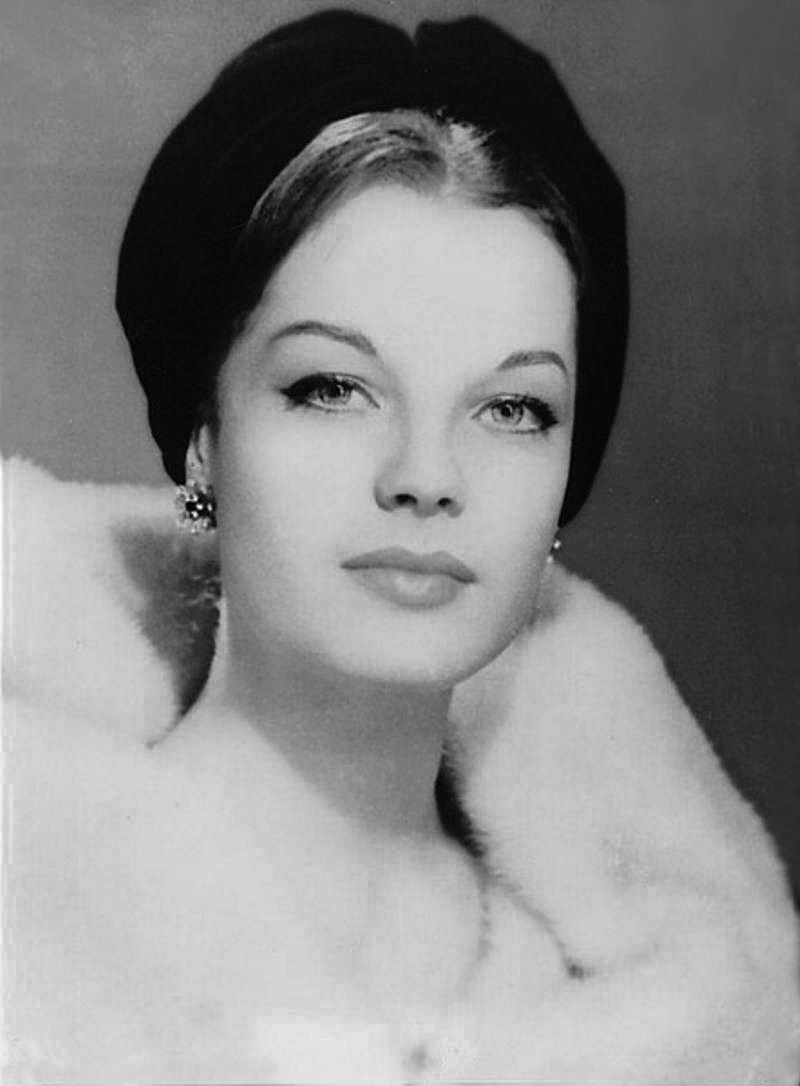 Connu The mostbeautiful pictures of Romy Schneider | Playbuzz QW63
