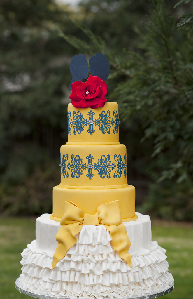 21 Wedding Cakes For Every Disney Lover | Playbuzz