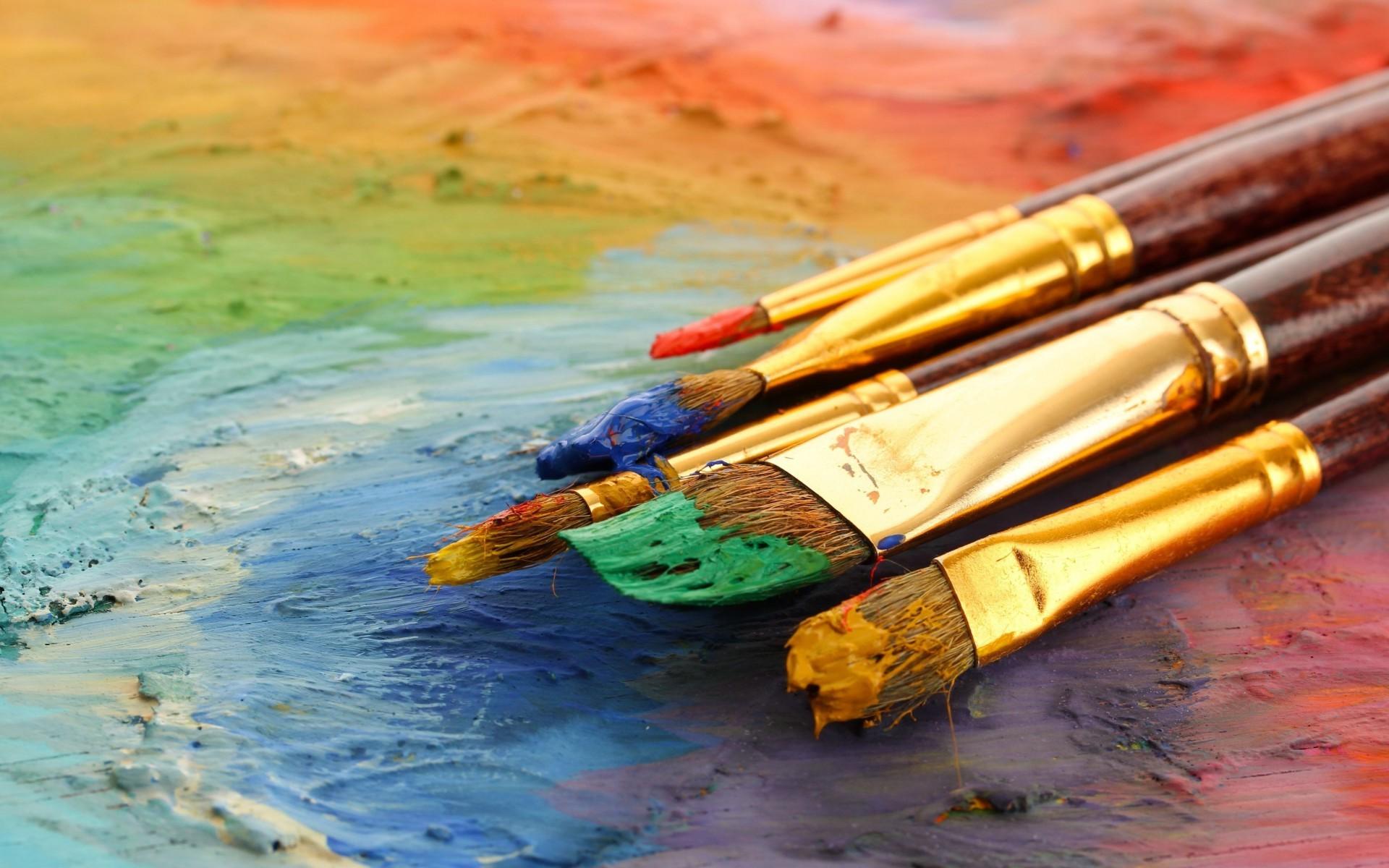 кисти и краски фото