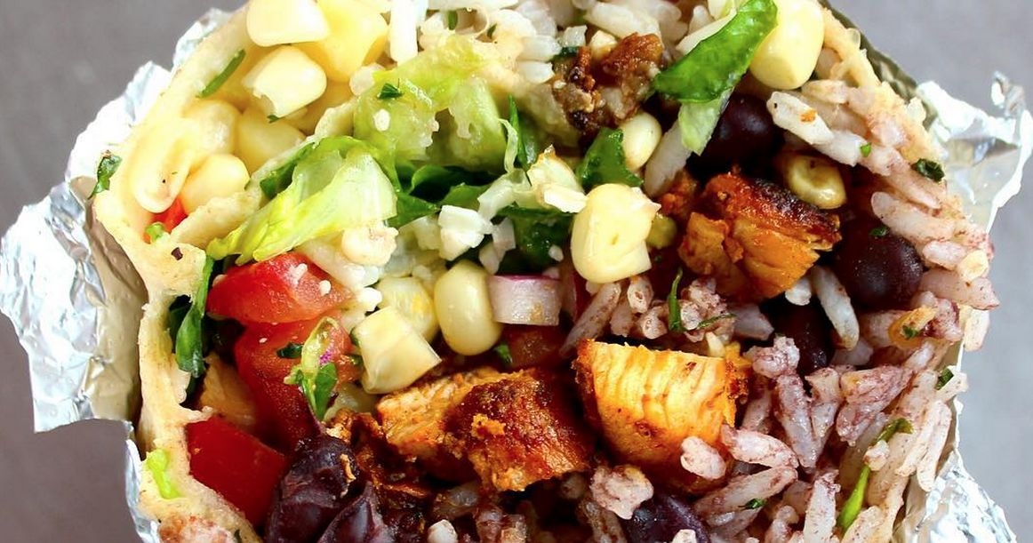 9 hacks to get the best chipotle order ever  playbuzz