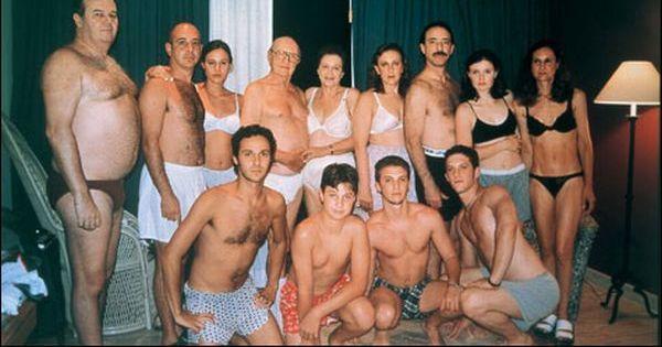 голые парочки в обществе фото