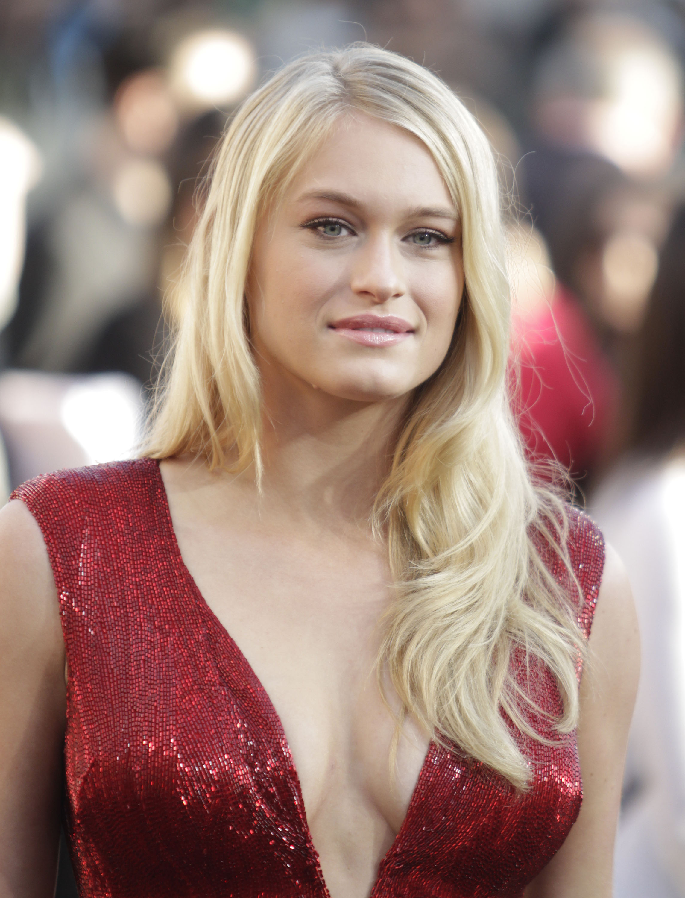 Leven Rambin earned a  million dollar salary - leaving the net worth at 1 million in 2018