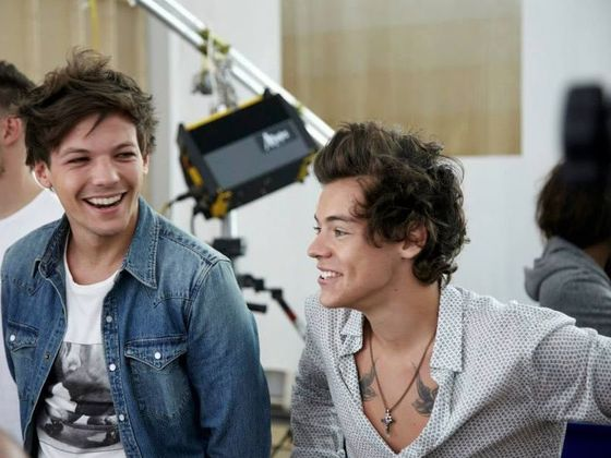 Louis and harry styles dating