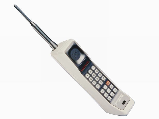 Motorola Dynatac 8000X - Ladrillo (1983)