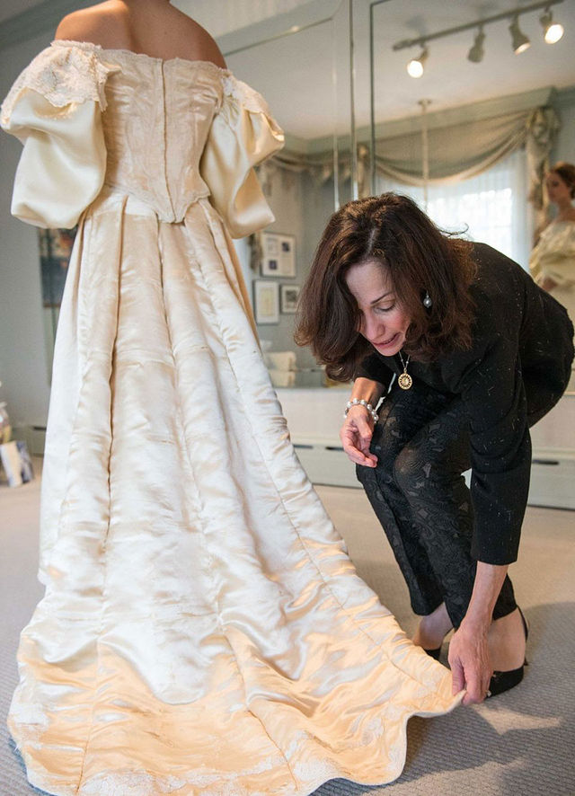 This bride is the 11th woman in her family to wear the for Restoring old wedding dresses