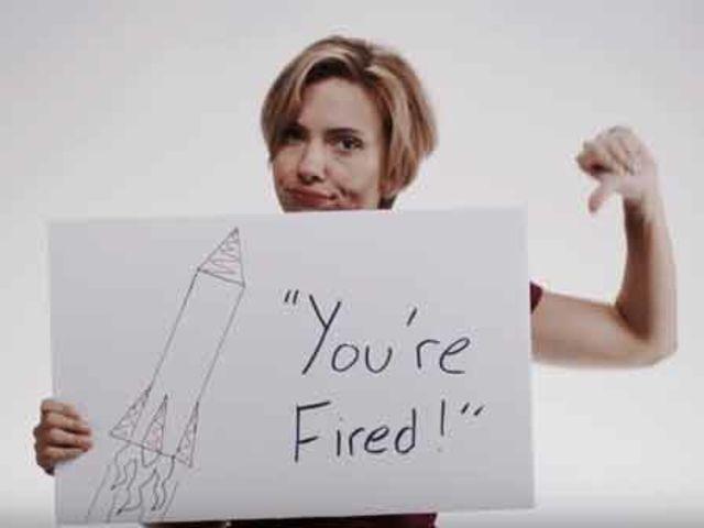 """A atriz apoiou publicamente a democrata, elogiando sua """"integridade"""", e criticou Trump em vídeo"""