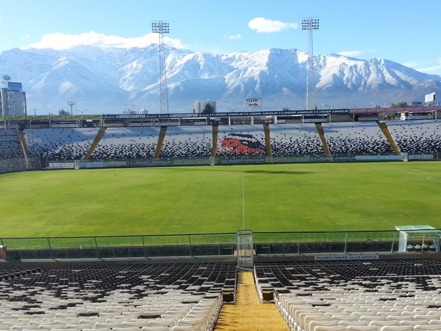 The top ten most amazing football ground locations in the for Floating rock norway