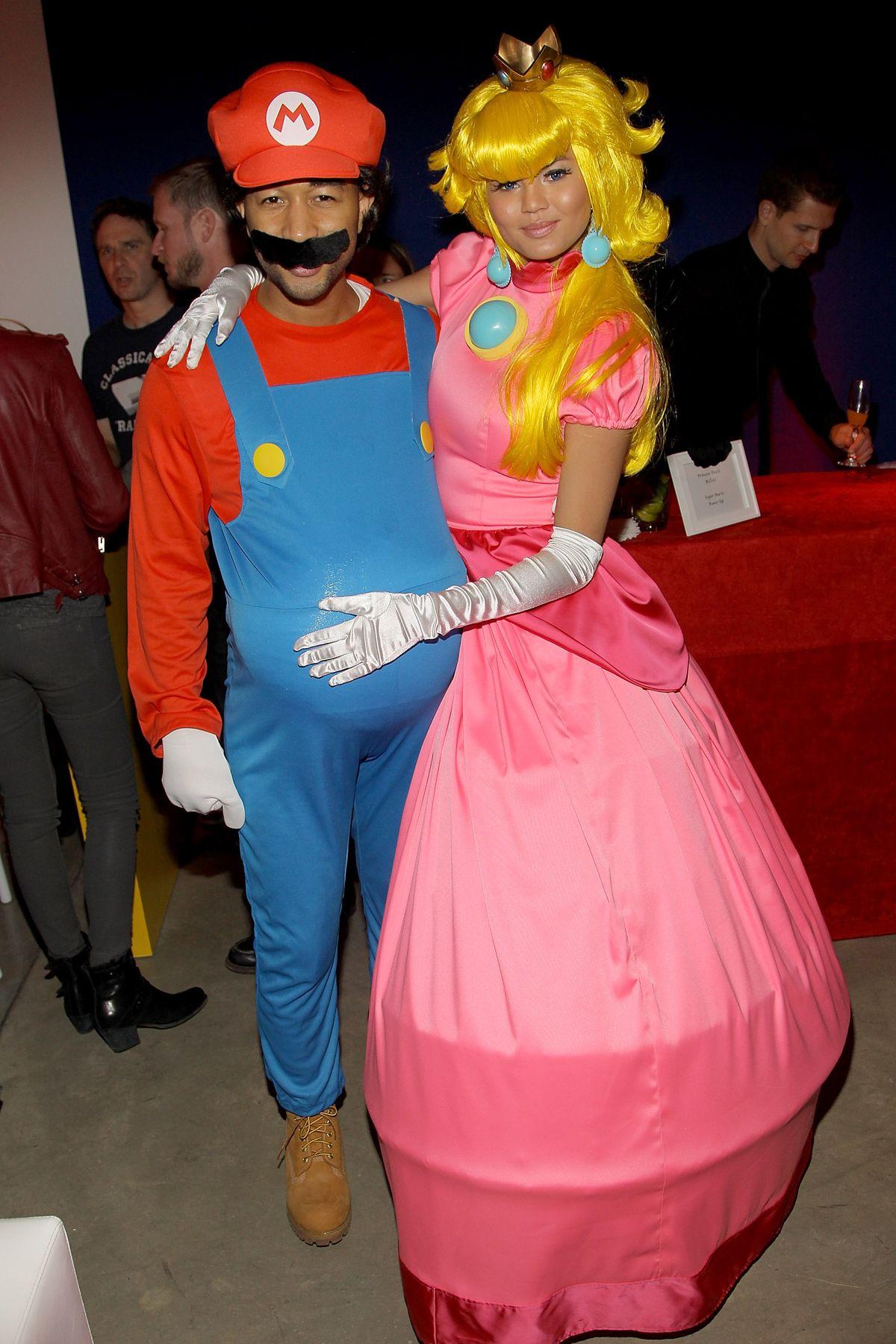 Parejas de celebridades disfrazadas para Halloween   Playbuzz