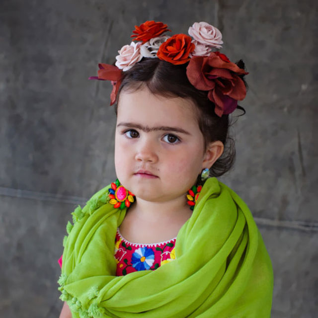18 baby costume ideas that will win halloween playbuzz solutioingenieria Choice Image