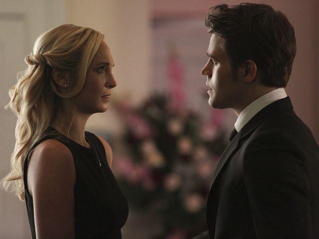 Caroline e Stefan são o ship que nós merecemos