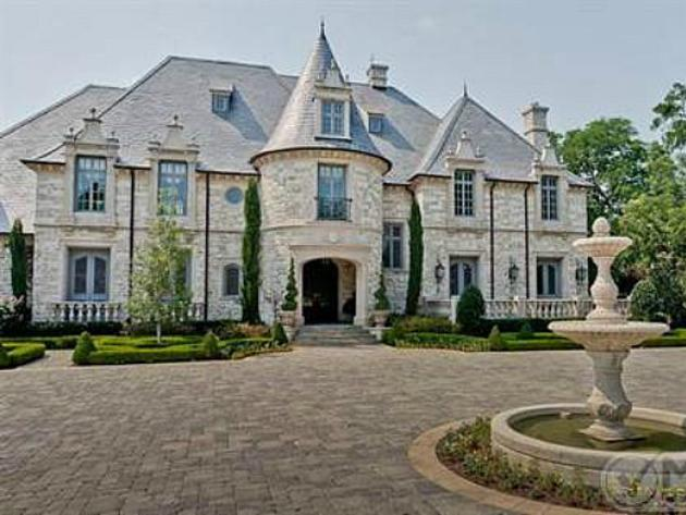 Image gallery modern castles for Castle home builders