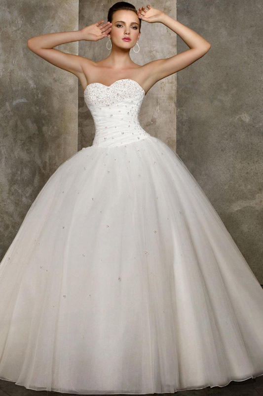 What Wedding Dress Should You Wear On Your Big Day? | Playbuzz