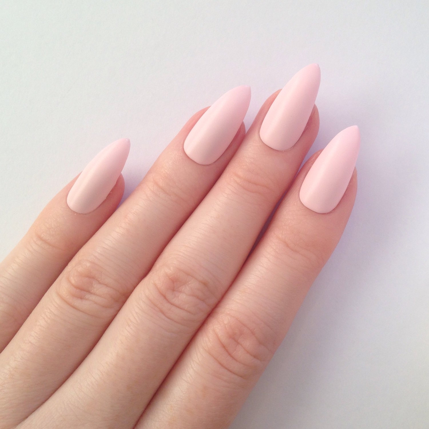 Which Kind Of Nail Art Matches Your Personality Type? | Playbuzz