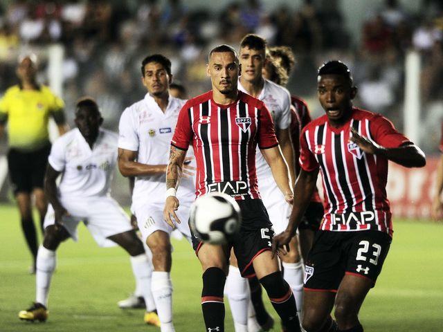 Em 21 de março, na Vila Belmiro, o Tricolor somou seu primeiro ponto em clássicos. Quem evitou a derrota?