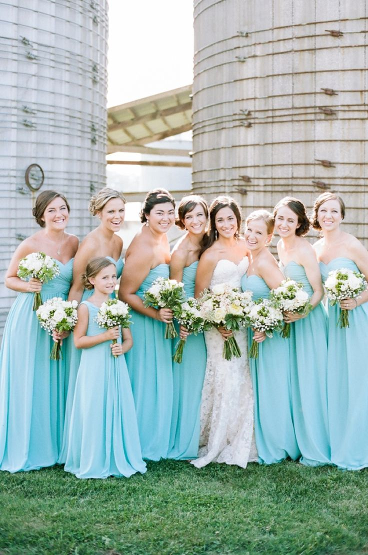 Which Color Should Your Bridesmaids Wear? | Playbuzz