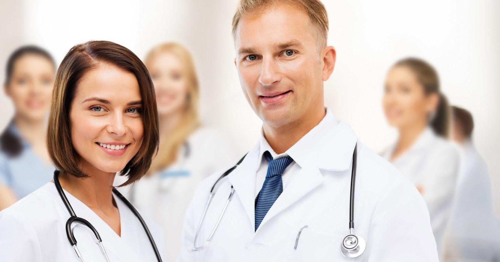 Ввел влагалище врач доктор