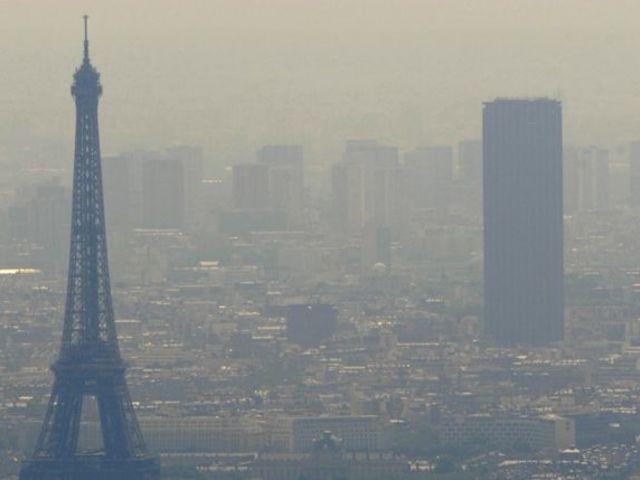 La pollution de l 39 air paris playbuzz - Mesure de pollution de l air ...