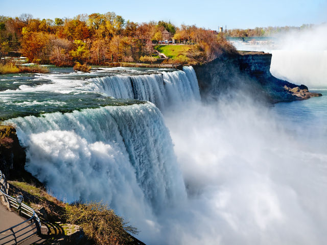 If you want to visit Niagara Falls, which state do you need to go to?