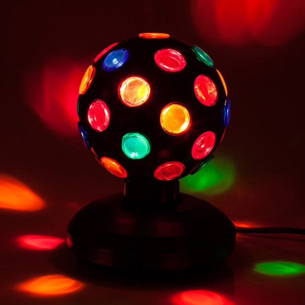 Amazing Retro Items That Every S Bedroom Had Playbuzz - Bedroom disco lights