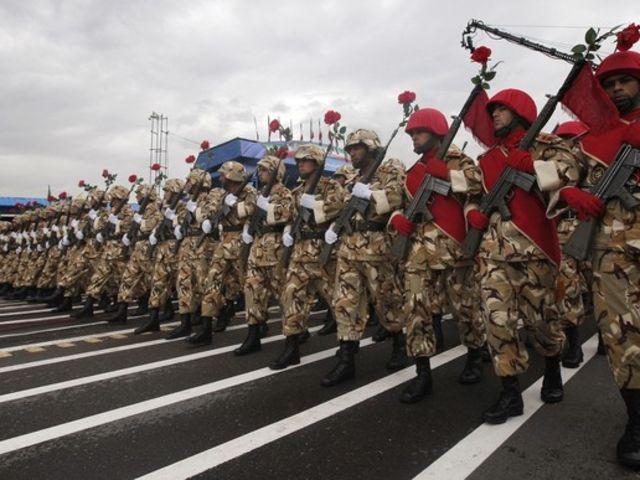 08. Ιράν - 534.000 στρατιωτικό προσωπικό