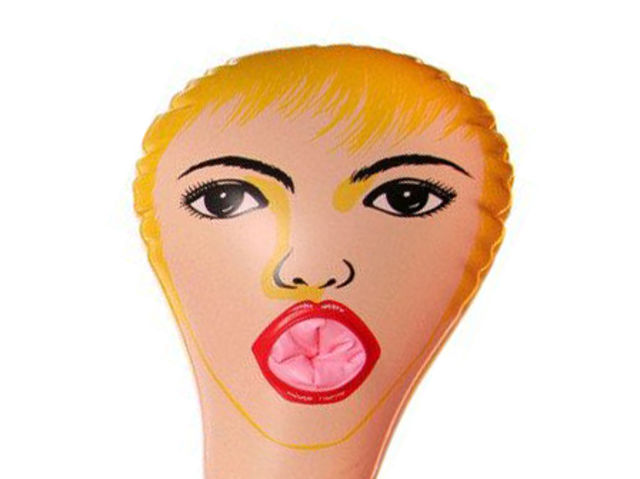 Blow up sex doll