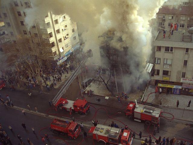 Βόμβα σε εμπορικό στην Κωνσταντινούπολη - 13 Μαρτίου 1999