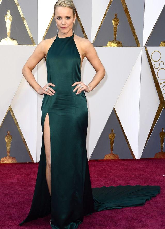 Oscars 2016: Wer trug das schönste Kleid? | Playbuzz
